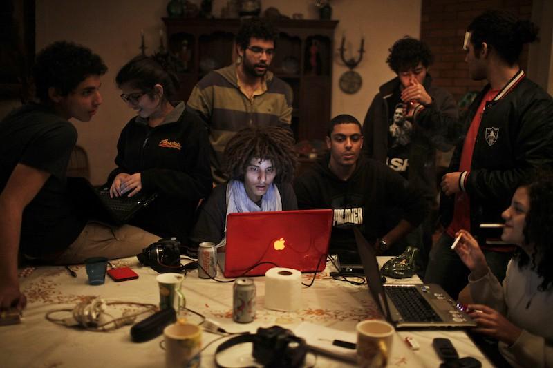 Твиттер и слезоточивый газ: как социальные медиа навсегда изменили протест